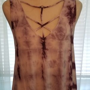 American Eagle Outfitters Tops - American Eagle soft & sexy tank (M)